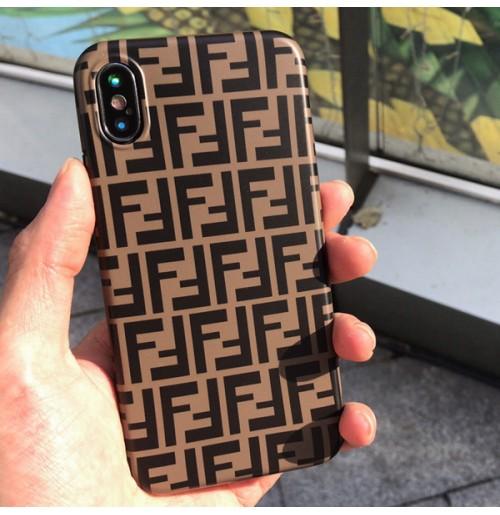 新作 フェンディ アイフォンXR/XS/XS MAXケース ブランドコピー iphoneカバー X 8/8PLUS アイホン7/6S/6プラスケース 背面 ソフトTPU FFロゴ