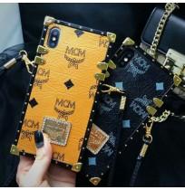 エムシーエム iphone XRカバー XS/XS MAX mcm iphone8/8 plusケース アイフォン7/6s/6 チェーン 斜めがけ ストラップ レディース