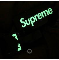 シュプリーム アイフォンXS/XSMAX蓄光ケース xr x フェンディ iphone8/7/6s/6plus携帯カバー 夜光 光る