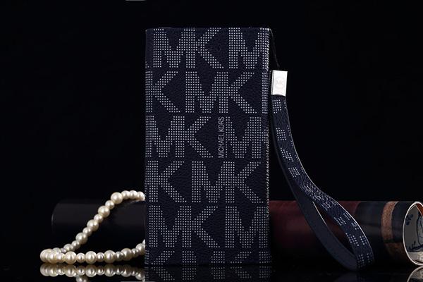MK iPhone 8プラスケース