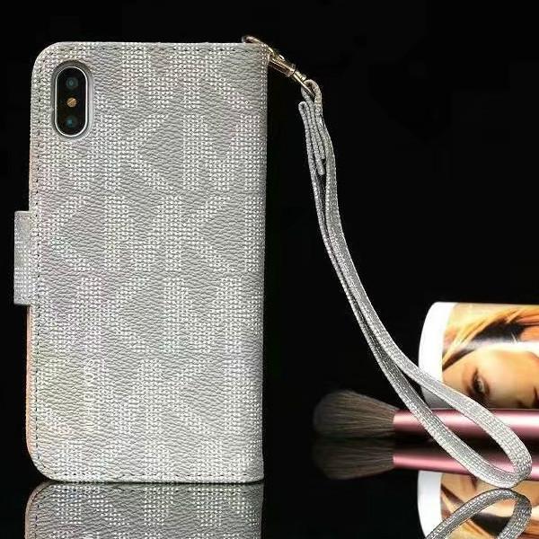 マイケルコース iphone5s 手帳型ケース