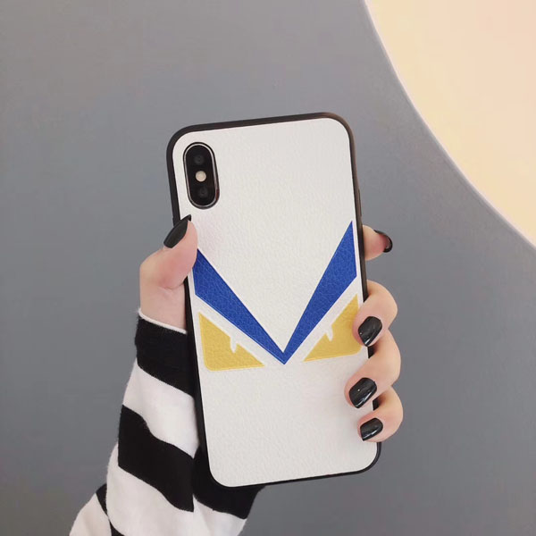 フェンディ iPhoneXS MAXカバー