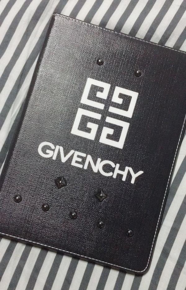 givenchy ipad mini 4 ケース ノースリーブ