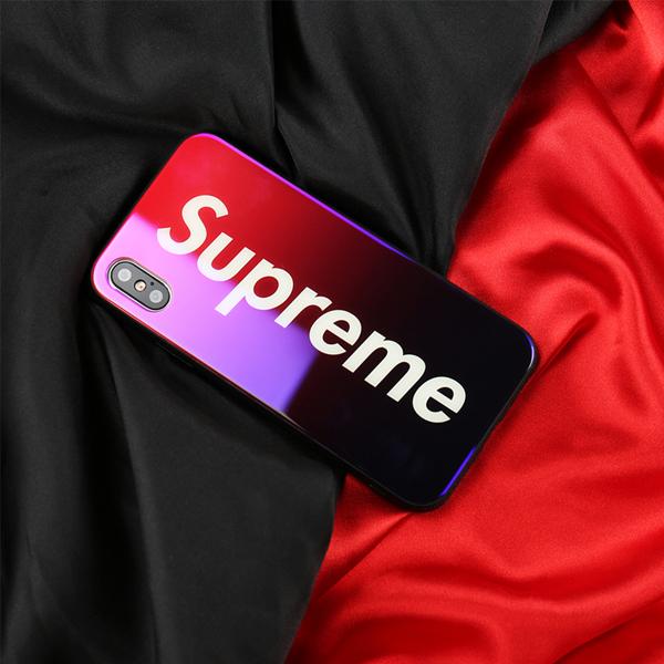 supreme アイフォン 8 プラス グラデーションケース